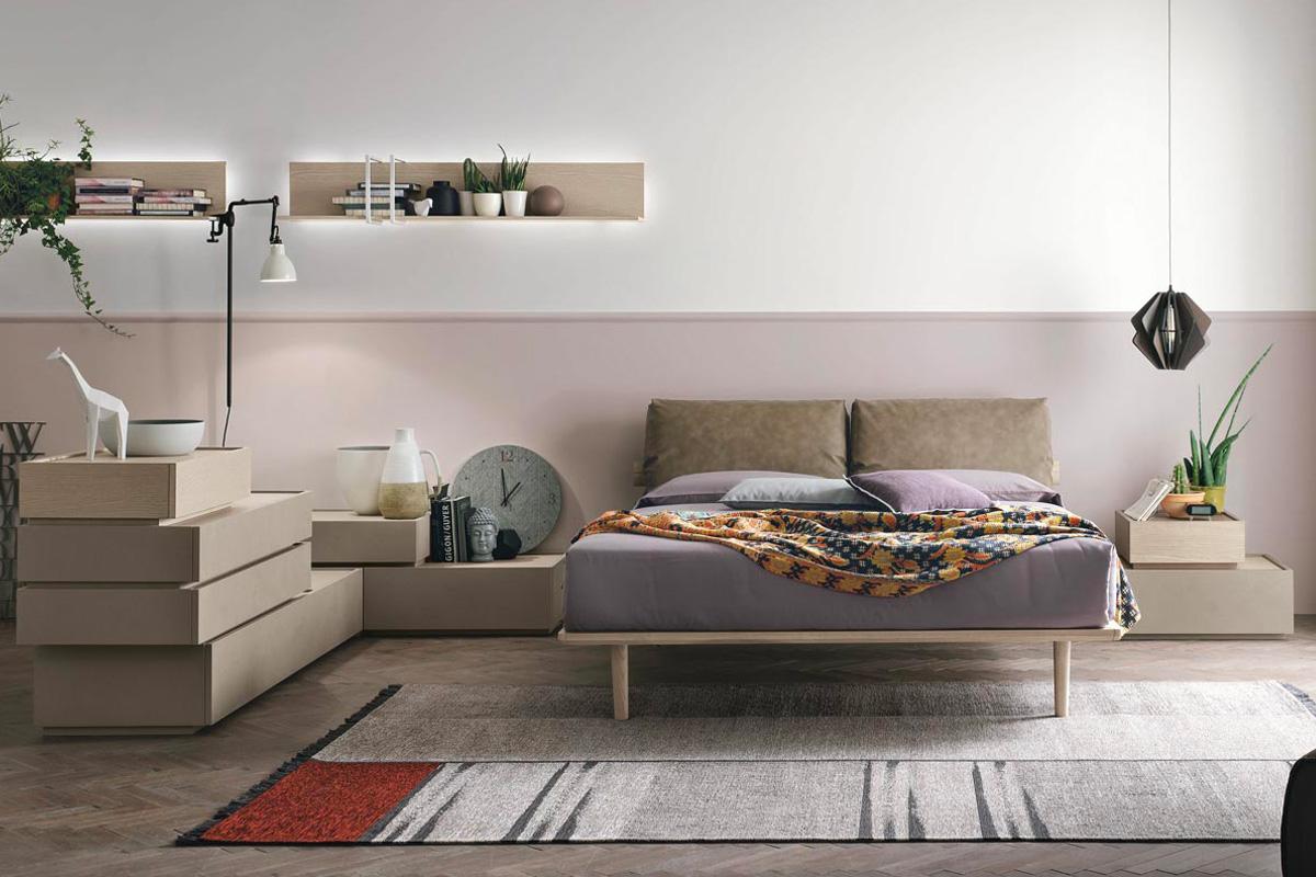 Catalogo mobili contenitori per arredare la camera da letto: Comò, Comodini e Cassettiere settimanali. Rivenditori Tomasella CasaStore Arredamenti Salerno.