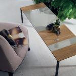 Tavolino STRIKE-Tomasella-Dettaglio-piano-legno-e-vetro