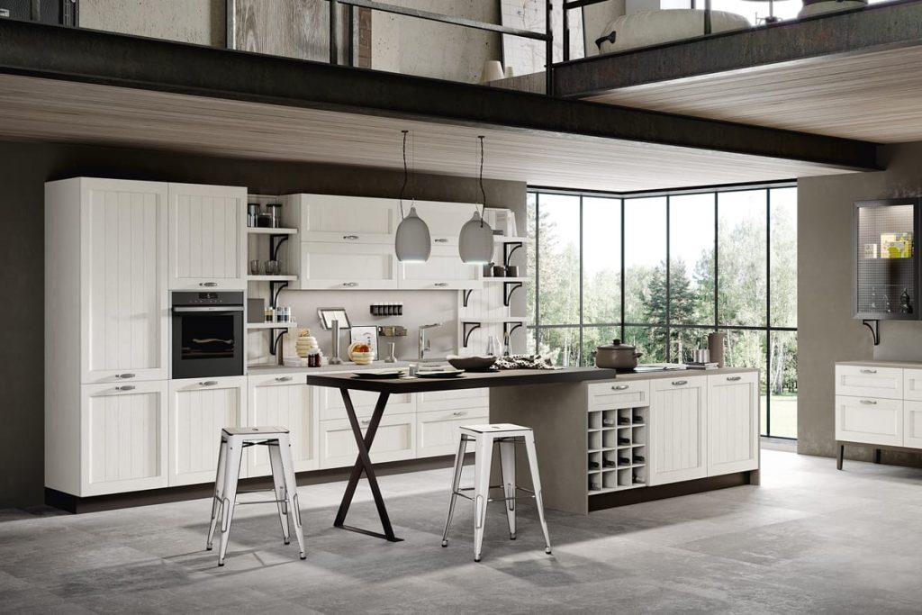 Cucina Shabby Chic con insola e piano snack integrato. Una cucina bella e funzionale completamente personalizzabile e componibile su misura. Cucine CasaStore Salerno.