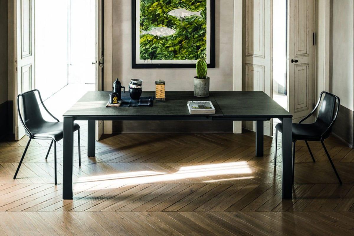 Tavolo Badù: design made in Italy by Midj per un tavolo allungabile adatto a tutti gli ambienti.