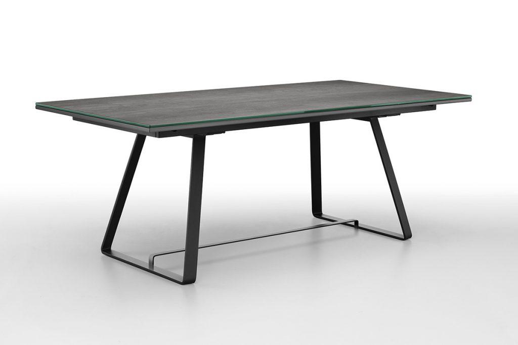 Tavolo allungabile Alfred marca Midj con sistema salvaspazio per allunghe a slitta - Tavoli moderni e di design a Salerno - CasaStore