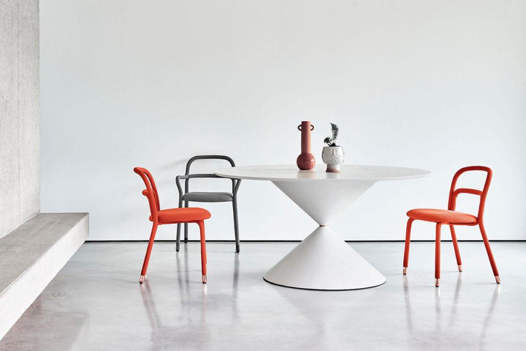 Tavolo Clessidra by Midj: design made in Italy per un tavolo allungabile adatto a tutti gli ambienti. CasaStore Arredamenti - Rivenditore Midj provincia di Salerno.
