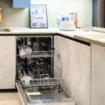Cucina-angolare-con-penisola-LAB-BIG-SIZE-Sconto-50%-per-rinnovo-esposizione-CasaStore-Arredamenti-Salerno-7