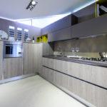 Cucina-angolare-pensili-fenix-LAB-LEGNO-Sconto-50%-per-rinnovo-esposizione-CasaStore-Arredamenti-Salerno-2