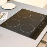 Cucina-con-isola-e-living-coordinato-EOS-Sconto-50%-per-rinnovo-esposizione-CasaStore-Arredamenti-Salerno-13