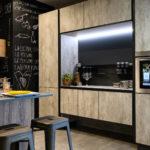 Cucina-con-isola-e-living-coordinato-EOS-Sconto-50%-per-rinnovo-esposizione-CasaStore-Arredamenti-Salerno-6