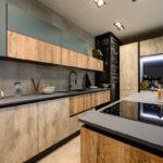 Cucina-con-isola-e-living-coordinato-EOS-Sconto-50%-per-rinnovo-esposizione-CasaStore-Arredamenti-Salerno-9